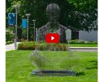 Etonnant ! Des sculptures anamorphiques qui disparaissent lorsque l'on tourne autour d'elles.