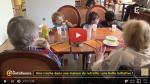 Une crèche dans une maison de retraite: le choc bénéfique à tous des générations. Une initiative inspirante.
