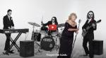 """Aujourd'hui âgée de 97 ans elle chante du Death metal, tourne des clips…  Cette survivante de la Shoah est la vedette d'un  documentaire qui retrace sa vie.  """"Le Heavy Metal? C'est parce que je ne sais pas chanter""""🎸"""