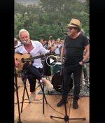 Quand Sting fait venir Zucherro dans son petit paradis Italien pour un concert improvisé…